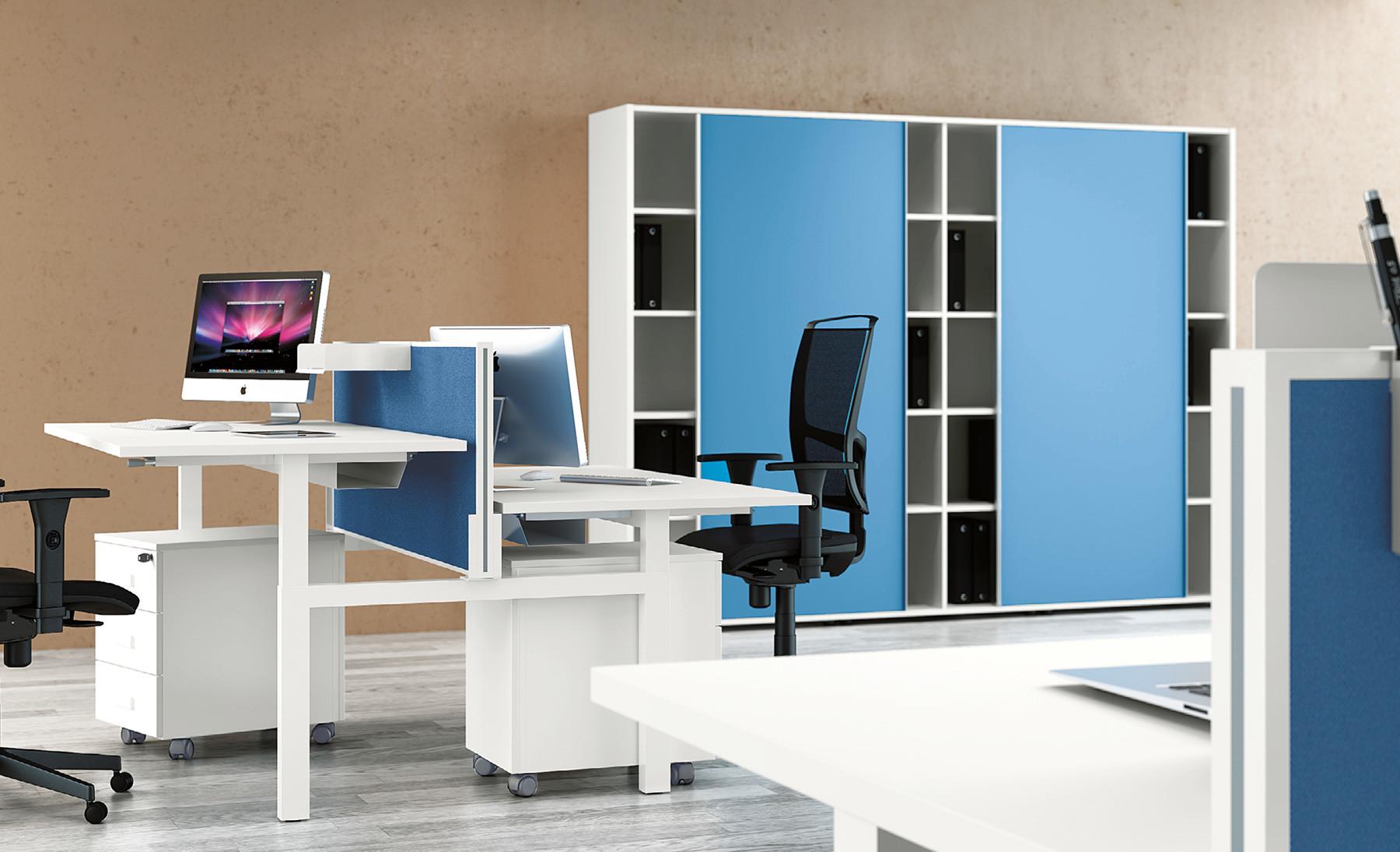 Come Organizzare La Propria Scrivania standing desk: la scrivania regolabile in altezza che