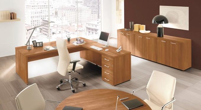 La scrivania direzionale per ufficio che cercavi qu for Scrivanie direzionali