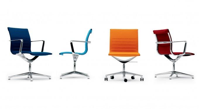sedute una chair management in vari colori