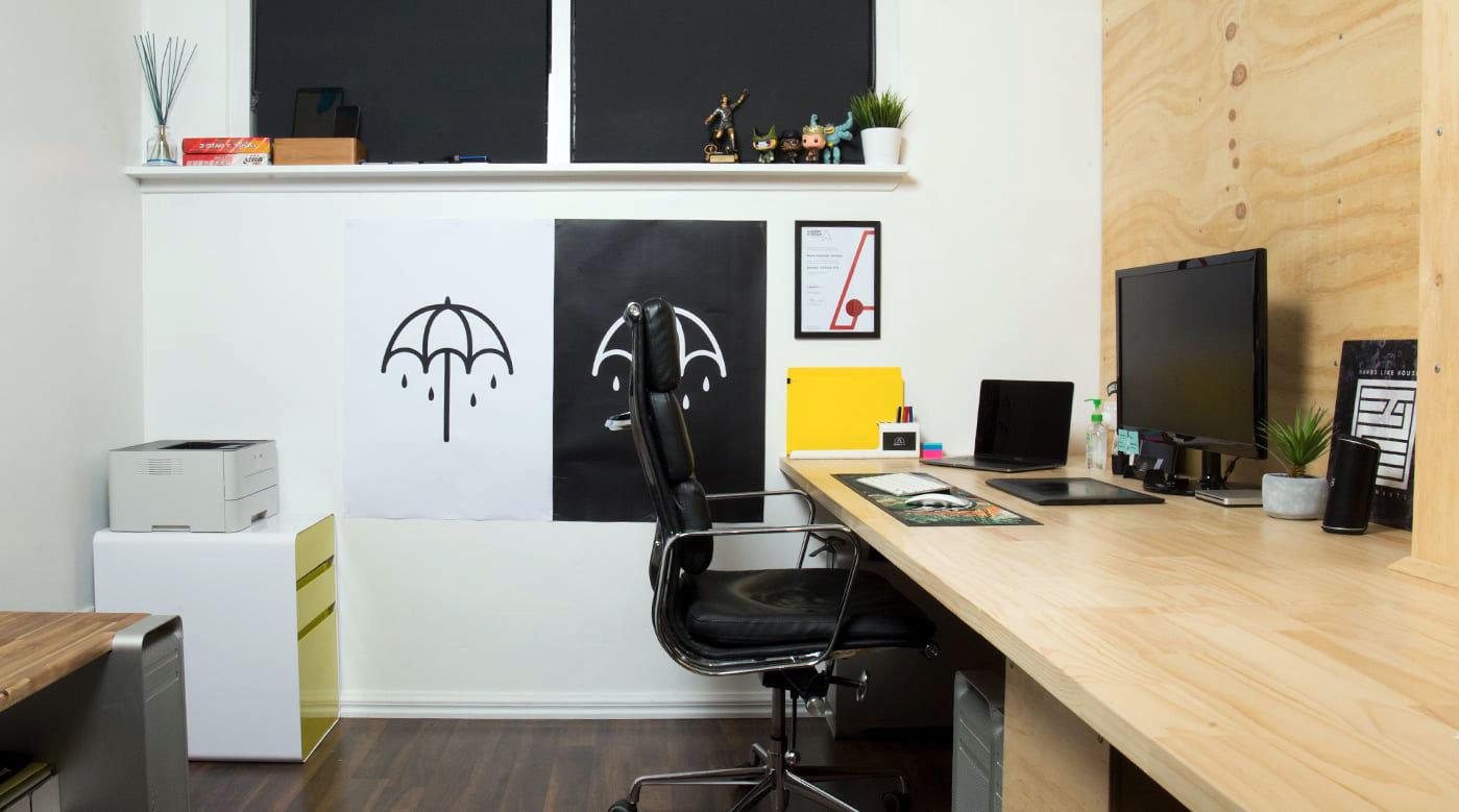 Scrivania Angolo Computer : Consigli per l arredamento di un angolo studio in casa