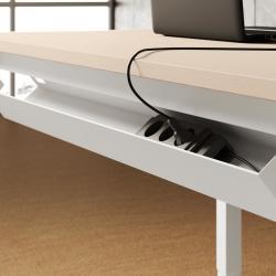 prese corrente sotto scrivania