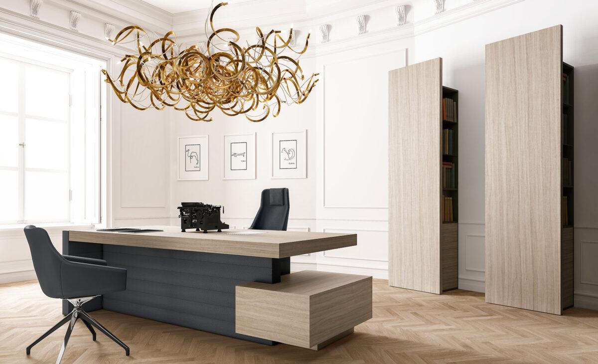 scrivania per notaio in rovere chiaro con lampadario design oro