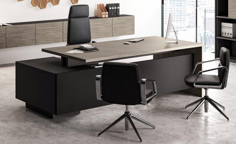 scrivania per studio medico specialistico in legno chiaro e nero